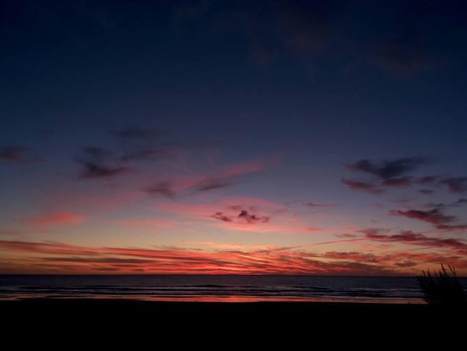 Atardecer en la playa de El Plamar