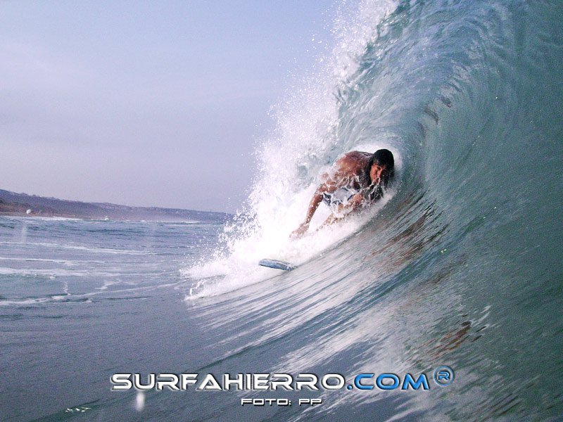 Victor - Surfahierro