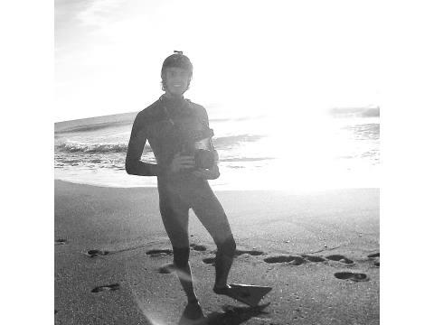 Javi Truncer - Surf AHIERRO!