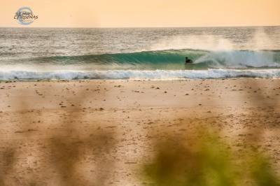Imagen: Samuel Cárdenas   Surf AHIERRO!