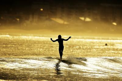 Imagen de Mitxel Andreu - Surf AHIERRO!