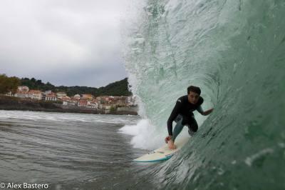 Imagen: Alex Bastero   Surf AHIERRO!