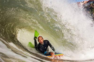 Imagen de Alvaro Martínez - Surf AHIERRO!