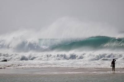 Imagen: Sergio Murillo   Surf AHIERRO!