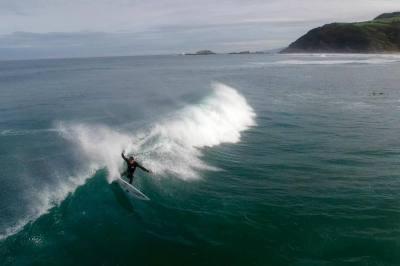 Imagen: Ritxi Goya   Surf AHIERRO!