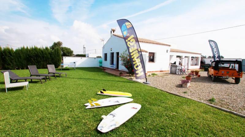 Imagen de Homies Surfcamp | Surf AHIERRO!