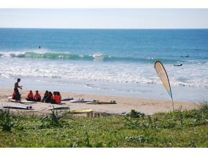 Imagen: Escuela de surf 9 Pies | Surf AHIERRO!