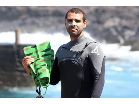 Antón Carús - Surf AHIERRO!