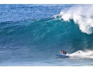 Imagen: Olas grandes en Lanzarote | Surf AHIERRO!