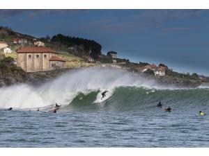 Mundaka en Semana Santa - Surf AHIERRO!