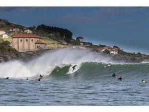 Imagen de Mundaka en Semana Santa - Surf AHIERRO!