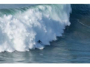 Imagen de WSL Nazaré - Surf AHIERRO!