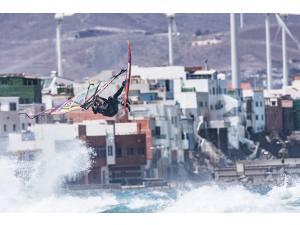 Imagen: Windsurf Canarias | Surf AHIERRO!