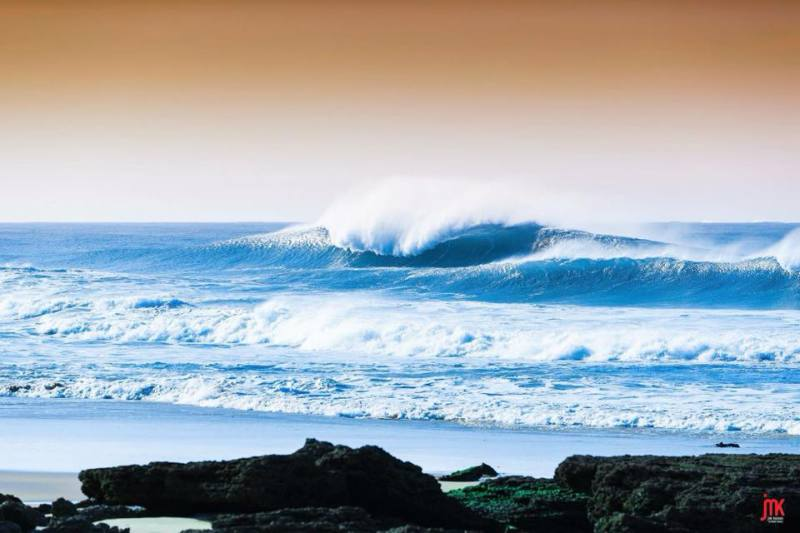 Imagen de ¿Quieres ayudar a nuestro fotógrafo colaborador Jim Kenen? | Surf AHIERRO!