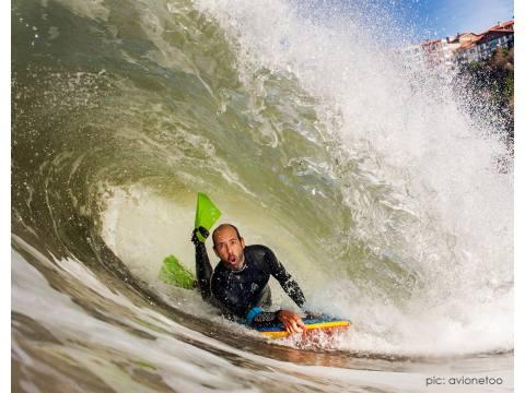 Alvaro Martínez de Viento Terral en el equipo surfahierro - Surf AHIERRO!