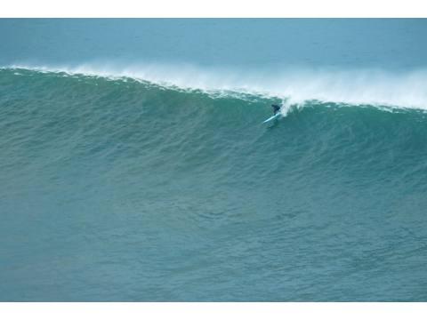 Desde el País Vasco y con increibles fotos de olas grandes - Surf AHIERRO!